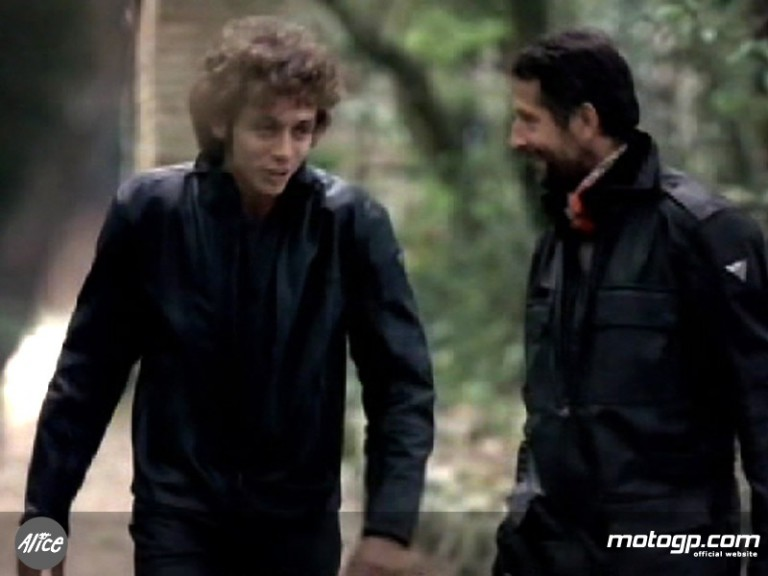 Valentino and Graziano Rossi featuring in Yamaha ad