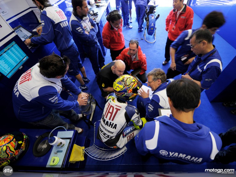 Valentino Rossi and his crew in the Fiat Yamaha garage