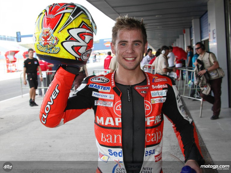 Bautista shows off Spanish colours for home GP