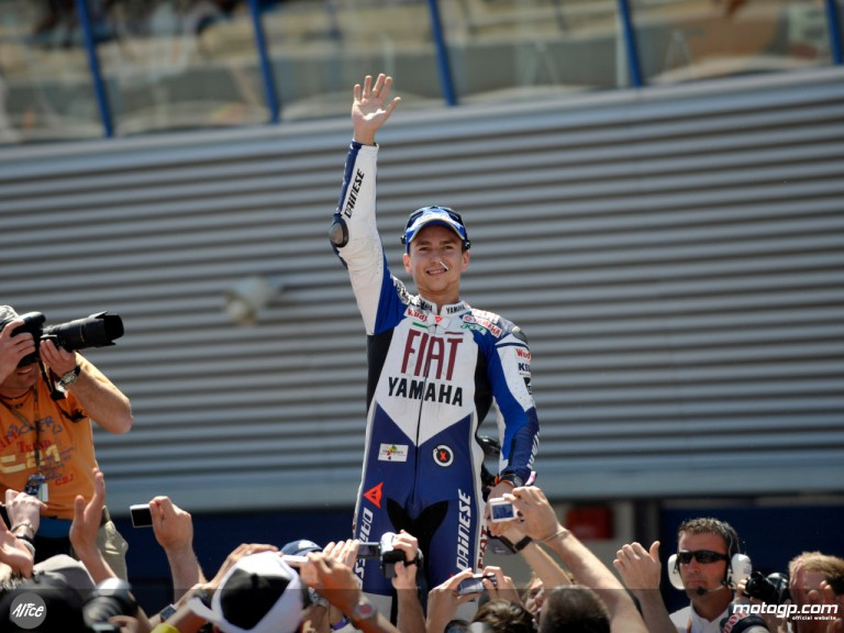 Lorenzo celebrates his second consecutive podium at Jerez