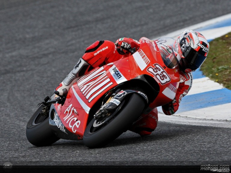 Marco Melandri in action in Estoril (MotoGP)