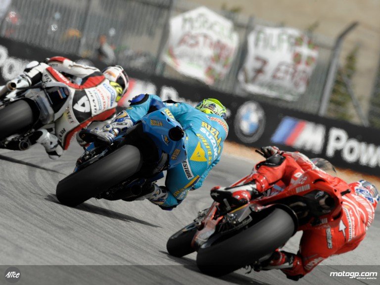 Chris Vermeulen and Casey Stoner chasing Randy de Puniet at Estoril