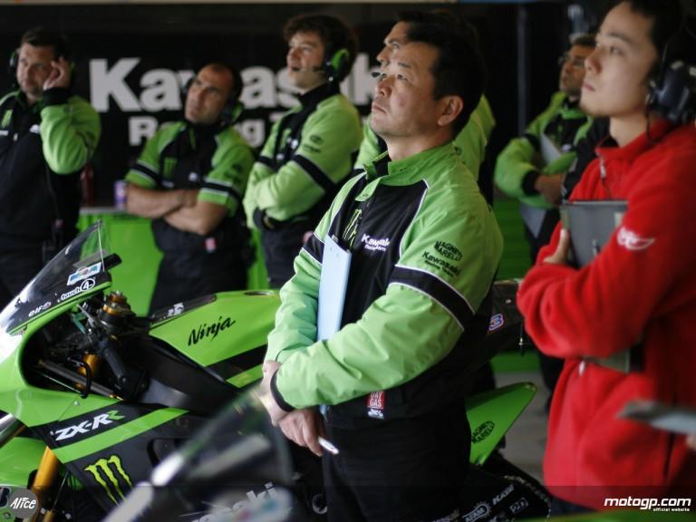 In the Kawasaki Racing pit box at Jerez