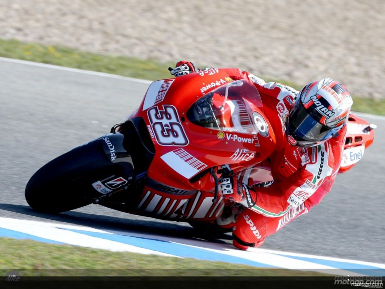 Melandri in action