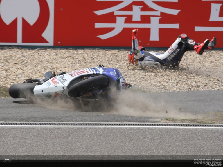 Jorge Lorenzo suffer heavy crash at Shanghai