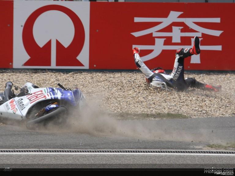 Jorge Lorenzo suffer heavy crash at Shanghai