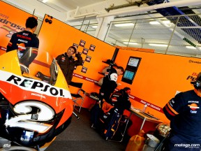 Repsol Honda garage