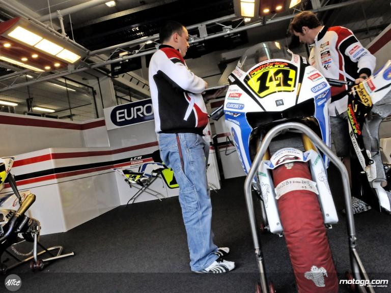 LCR Honda garage