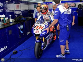 Jorge Lorenzo leaving Fiat Yamaha garage