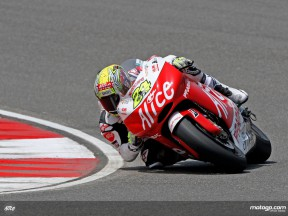 Toni Elias in action in Shanghai (MotoGP)