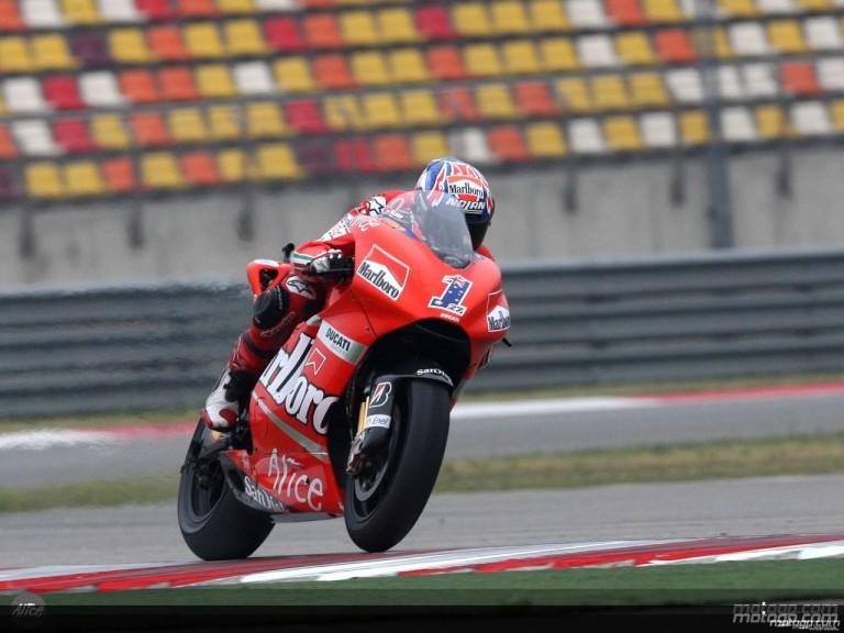 Casey Stoner in action in Shanghai (MotoGP)