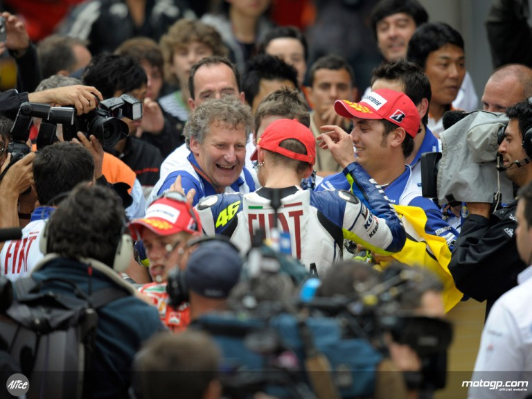 Jeremy Brugess and Valentino Rossi celebrate first 2008 win in the parc fermé at Shanghai