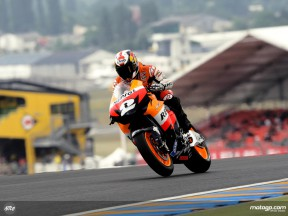 Dani Pedrosa in action in Le Mans (MotoGP)