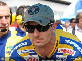 Colin Edwards in starting grid