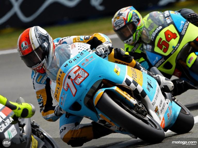 Mattia Pasini in action in Le Mans (250cc)