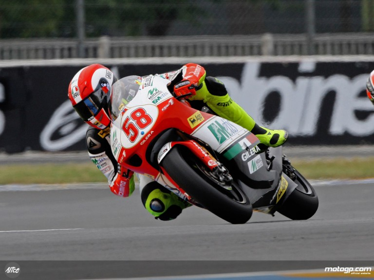Marco Simoncelli in action in Le Mans (250cc)