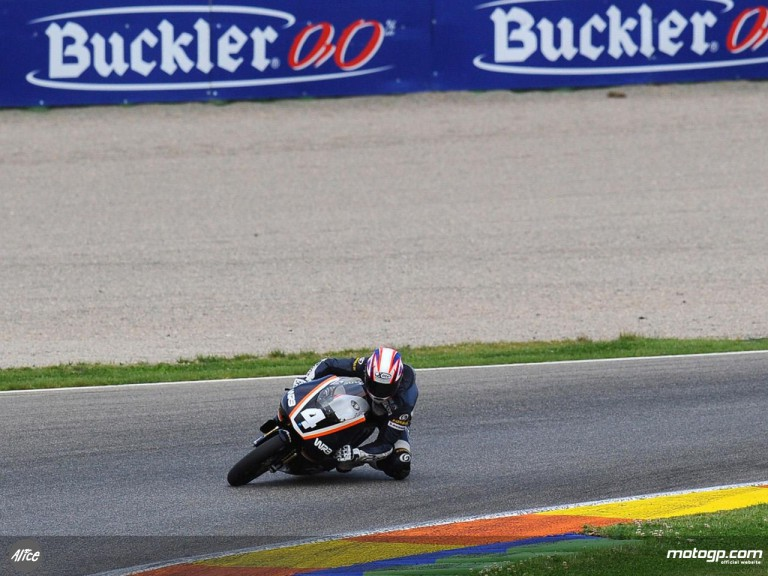 Axel Pons testing at Valencia ahead of CEV event