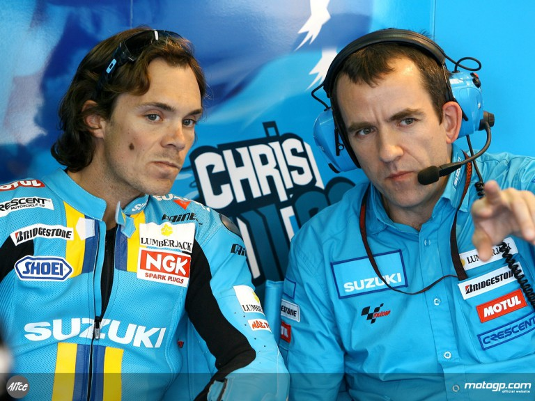 Chris Vermeulen in the Rizla Suzuki garage
