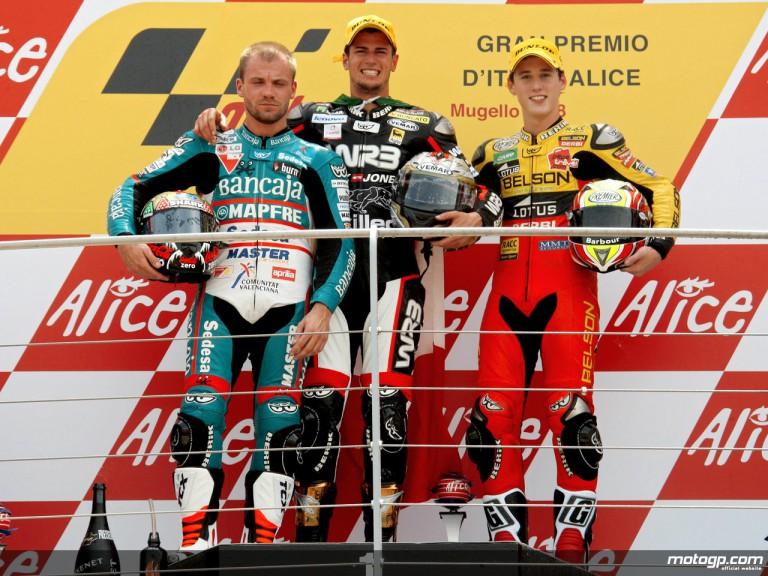 Corsi, Talmacsi and Espargaró on the podium at Mugello (125cc)