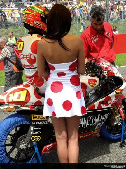 Paddock Girls - Italy 2008 - 9