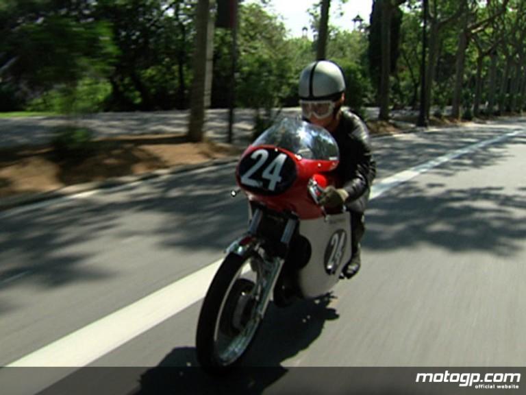Salvador Cañellas rides a Bultaco 125cc around Montjuich
