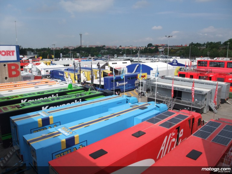MotoGP paddock all set on the eve of the Gran Premi Cinzano de Catalunya