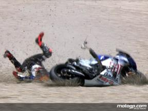 Jorge Lorenzo crash in Catalunya FP2
