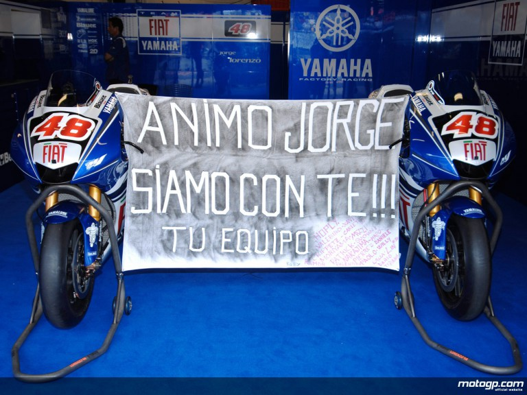Lorenzo´s mechanics wishing him a quick recovery