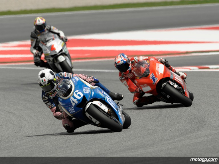 Valentino Rossi and Casey Stoner dicing for second at Catalunya