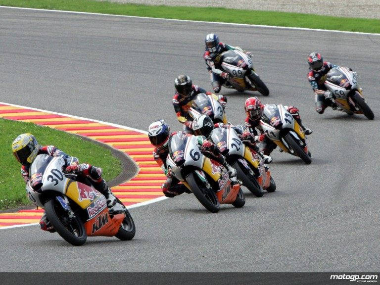 Red Bull MotoGP Rookies Cup in action