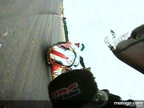 Dani Pedrosa crash in Donington Park (FP2)
