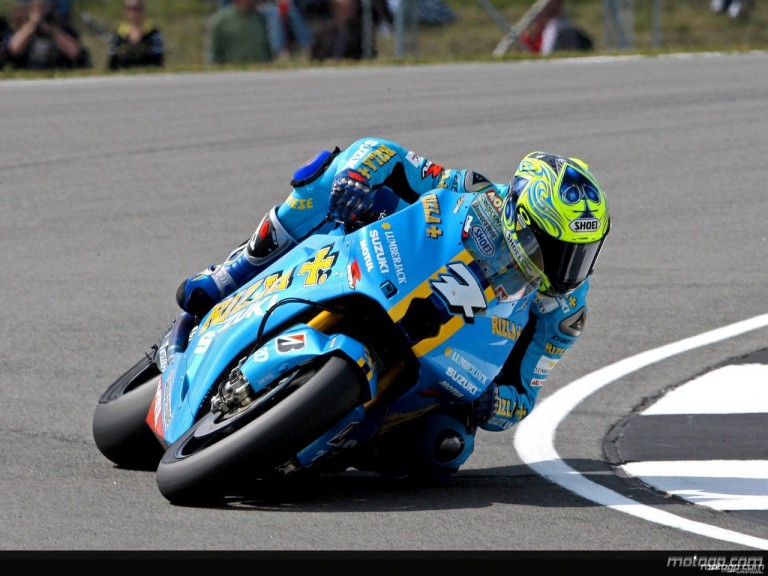 Chris Vermeulen in action in Donington (MotoGP)
