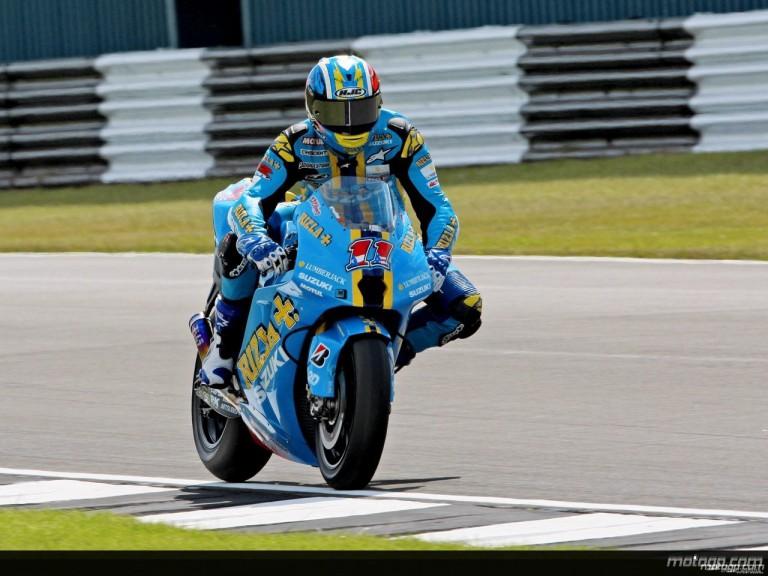 Ben Spies in action in Donington (MotoGP)