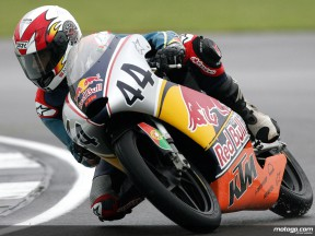 Miguel Oliveira on his way to Red Bull MotoGP Rookies Cup win at Donington