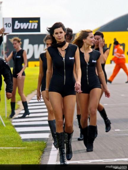 Paddock Girls - Donington 2008 - 7