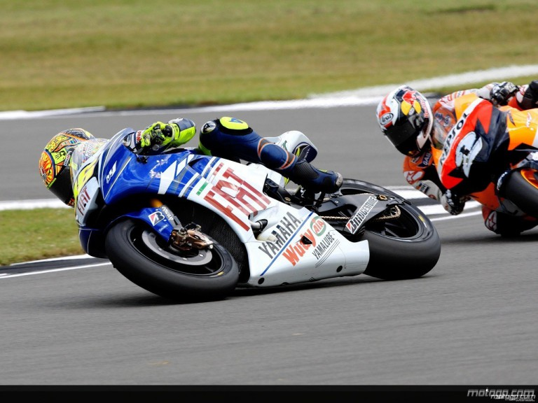 Valentino Rossi in action in Donington (MotoGP)