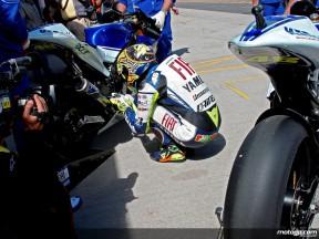 Rossi preparing beside Yamaha M1