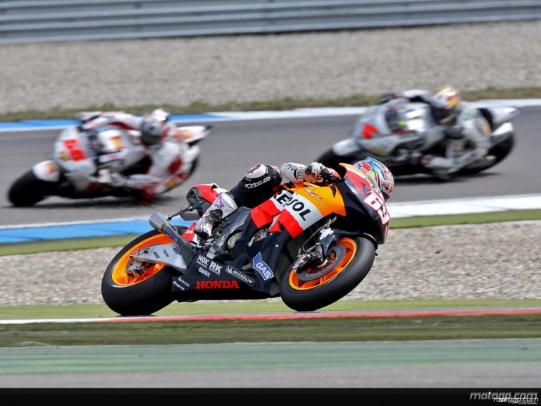 Nicky Hayden in action in Assen (MotoGP)
