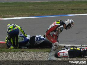 Randy de Puniet and Valentino Rossi crash during race in Assen