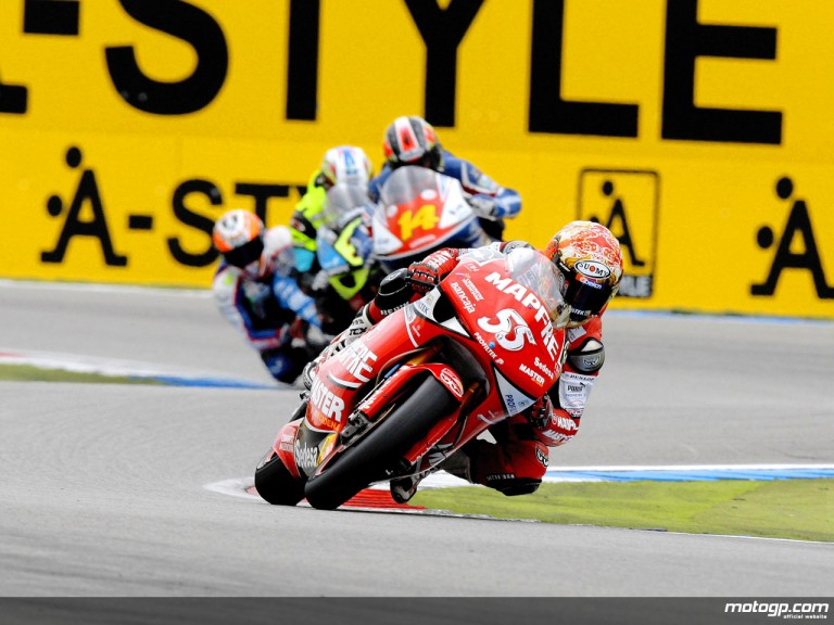250cc Group in action in Assen