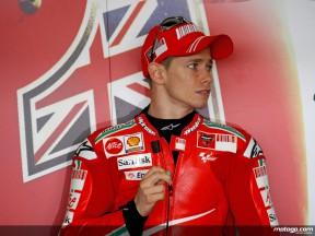 Casey Stoner in the Ducati Marlboro garage (MotoGP)