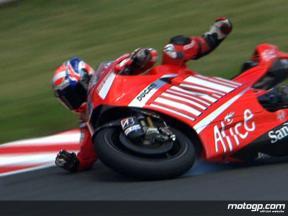 Caída de Casey Stoner durante el FP2 en Sachsenring