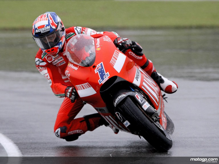 Casey Stoner showing off wet riding skills (MotoGP)