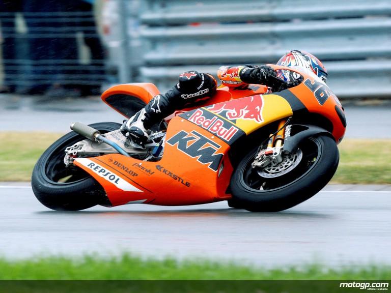 Mika Kallio in action in Sachsenring (250cc)