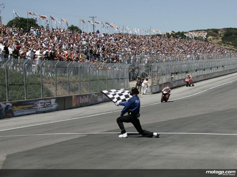 Hayden winning at Laguna Seca in 2005