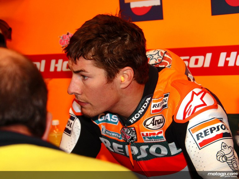 Nicky Hayden in the Repsol Honda garage (MotoGP)