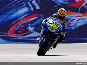Valentino Rossi in action in Laguna Seca (MotoGP)