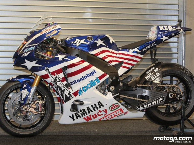 Tech 3 Yamaha´s Colin Edwards YZR-M1 special livery for the Red Bull US Grand Prix