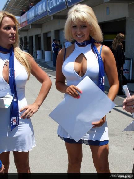 Paddock Girls - Laguna Seca 2008 - 9
