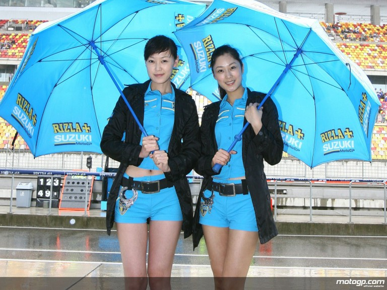 The Rizla Suzuki girls in China